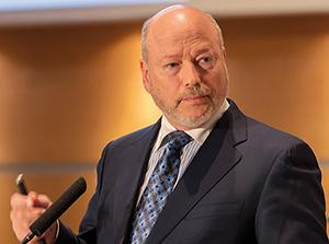 Dr John Hagelin