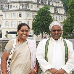 Dr. Raju und Frau